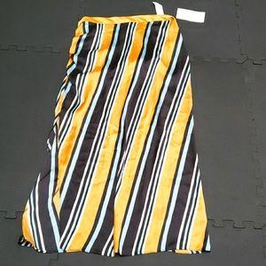 😻 ZARA Sexy Long Slit Skirt